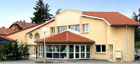 Réunion d'adhérents pour la crèche associative de Montrond-les-Bains