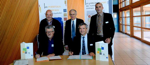 Unicem Rhône-Alpes et Auvergne fusionnent dans les salles de réunion des Foréziales